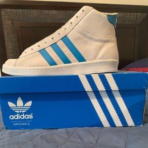 Adidas Kareem originals hi top size 9.5 (RARE FIND